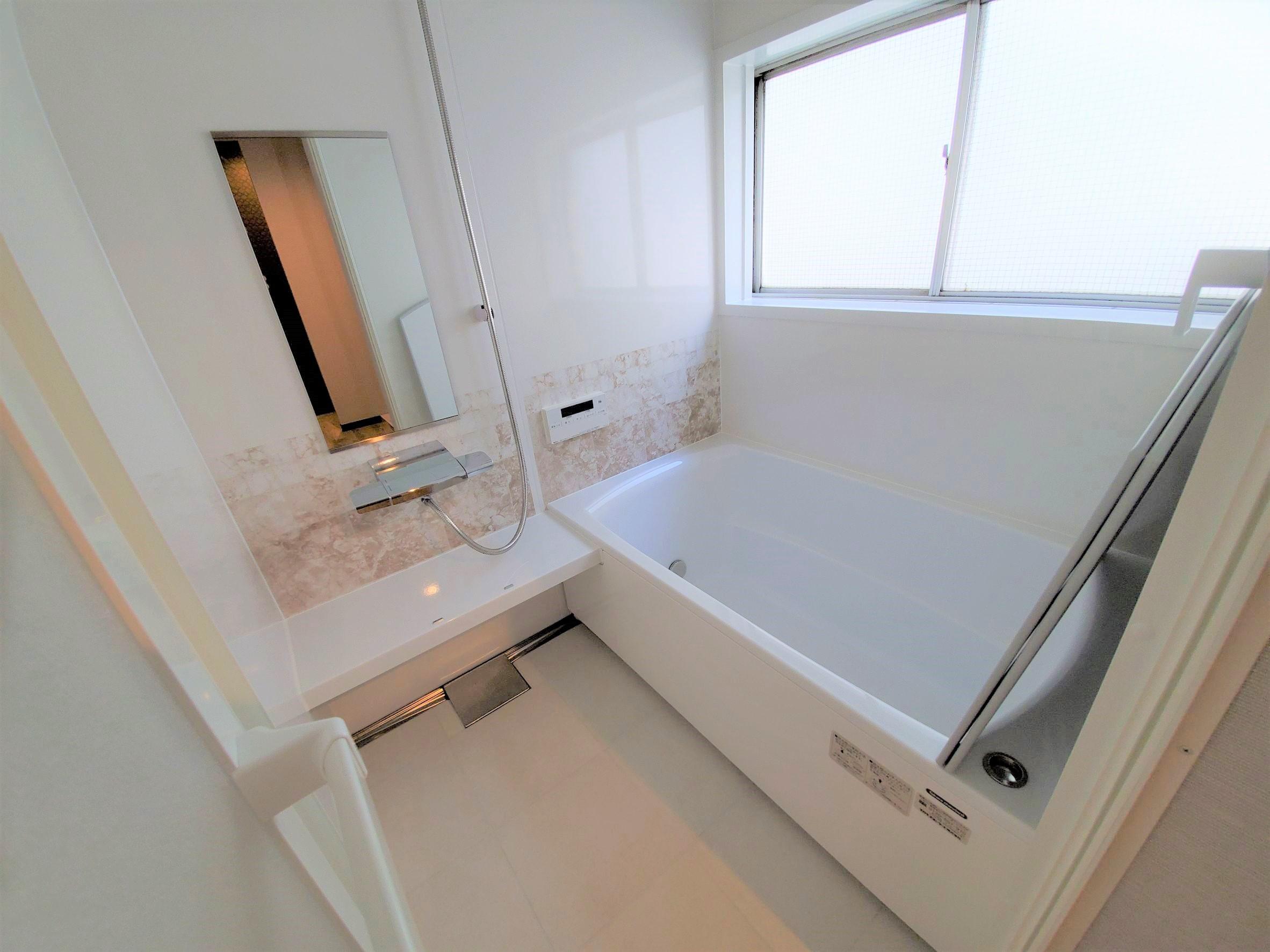 部屋画像4:トイレ・お風呂
